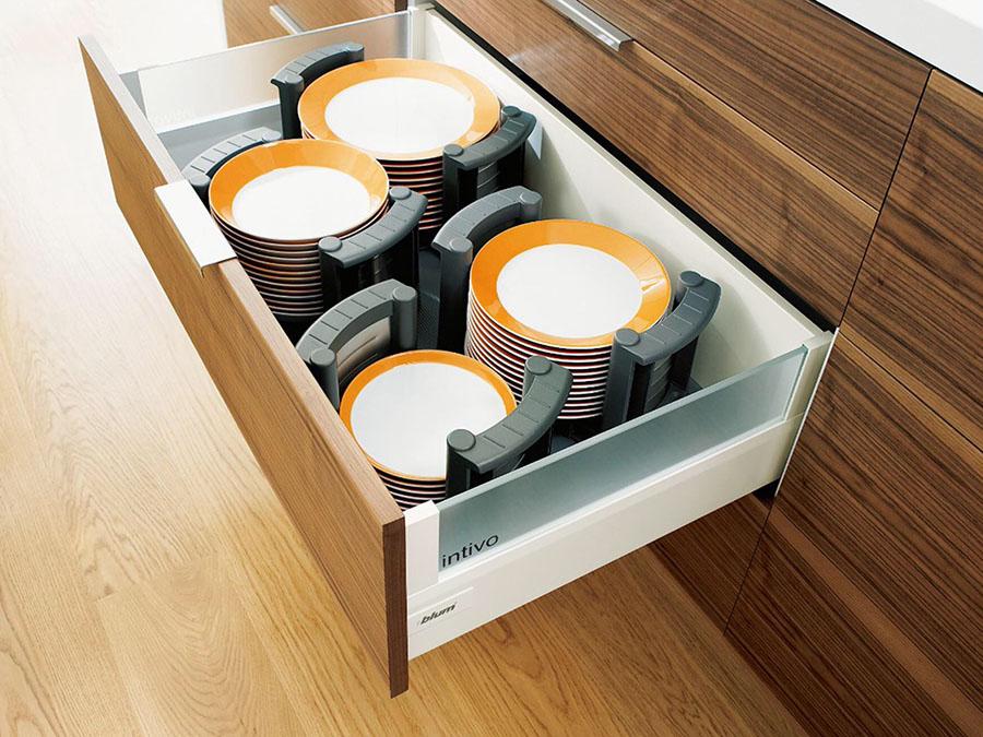 Blum盘碗收纳器